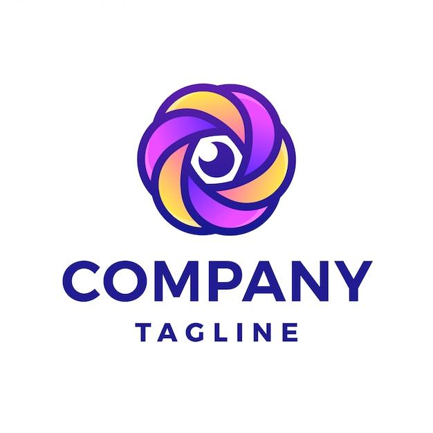 Logo dell'obiettivo della macchina fotografica del fiore di fotografia Vettore Premium