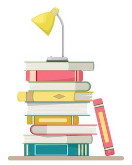 Pila di libri in uno stile piatto su uno sfondo bianco con una lampada da tavolo. concetto di educazione