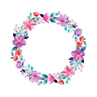 Corona floreale viola rosa con acquerello