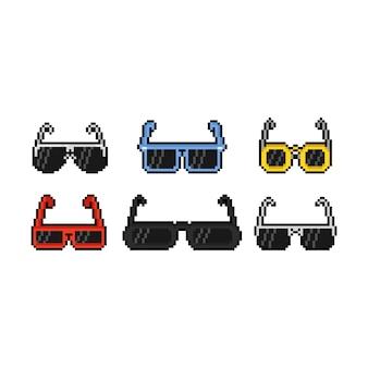 Insieme di progettazione dell'icona degli occhiali da sole del fumetto di arte del pixel.