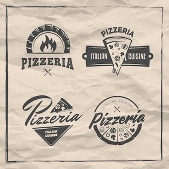 Stemmi pizzeria set loghi pizza con pizze intere e tranci etichette per trattoria o pizzeria