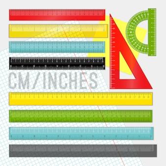 Set righello in plastica. righelli gialli, verdi e rossi dei cartoni animati della scuola