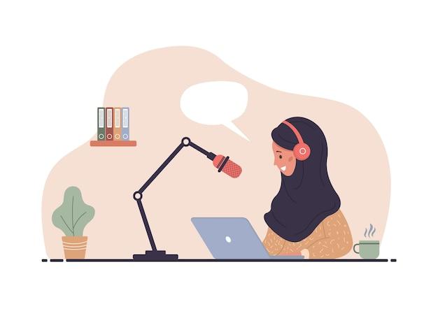 Illustrazione del concetto di podcast. donna islamica in cuffie che registrano la trasmissione audio.