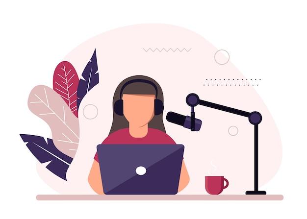 Podcast illustrazione concetto podcaster parlando al microfono registrazione podcast