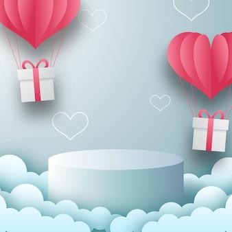 Display del prodotto sul podio banner di biglietto di auguri di san valentino con palloncino a forma di cuore. illustrazione vettoriale di carta tagliata stile con sfondo blu.