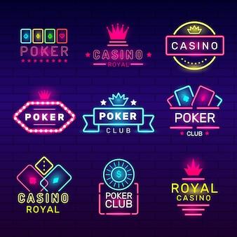 Distintivi al neon del club di poker. collezione di discoteche di loghi luminosi di giochi di casinò. emblema, gioco e fortuna del locale notturno di gioco d'azzardo dell'illustrazione