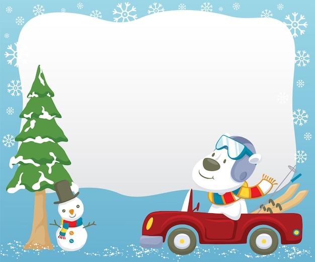 Fumetto dell'orso polare che guida l'auto mentre trasporta l'attrezzatura da sci in inverno