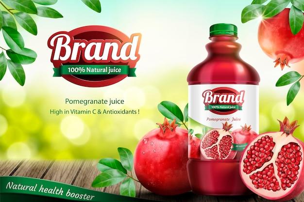 Annunci di succo in bottiglia di melograni con frutta fresca sul tavolo di legno in illustrazione 3d