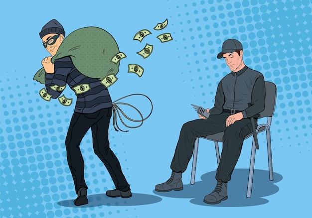 Uomo di guardia di pop art che dorme sul lavoro mentre il ladro ruba soldi