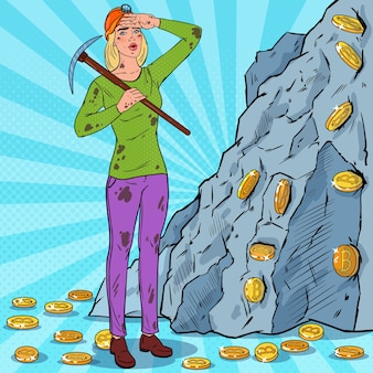 Pop art woman in casco con monete bitcoin di estrazione mineraria di piccone