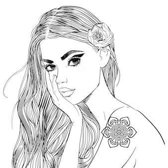 Ritratto di una giovane donna attraente con i capelli lunghi