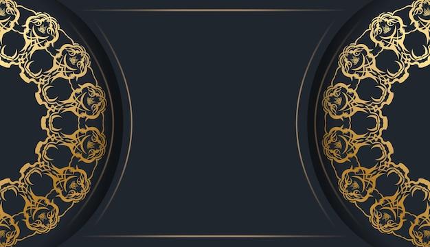 Modello di cartolina in nero con motivo dorato indiano preparato per la tipografia.