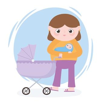 Gravidanza e maternità, mamma che trasporta bambino e carrozzina