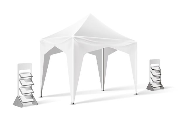 Mockup di tendone pop-up di presentazione del prodotto con espositori per prodotti