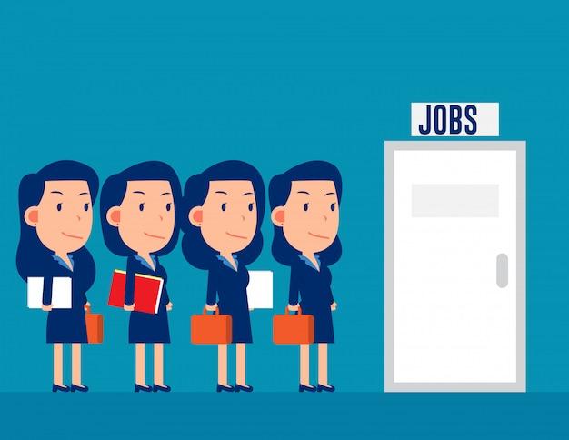 Gruppo di professionisti in coda per i lavori