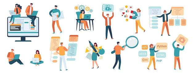 Programmatori, sviluppatori e designer. specialisti it, freelance, gamer, smm manager e web developer. le persone lavorano sul set di vettori di computer. illustrazione dello sviluppatore del programmatore e del progettista