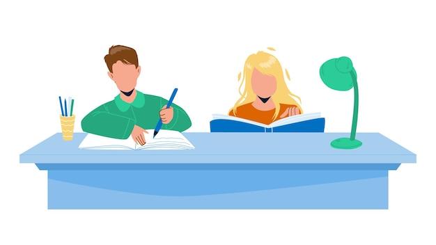 Gli alunni che fanno i compiti insieme a tavola vettore. ragazzo e ragazza che fanno i compiti allo scrittorio. personaggi che leggono libri e scrivono insieme lavoro a casa, tempo di istruzione piatto cartoon illustration
