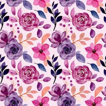 Modello senza cuciture floreale viola con acquerello