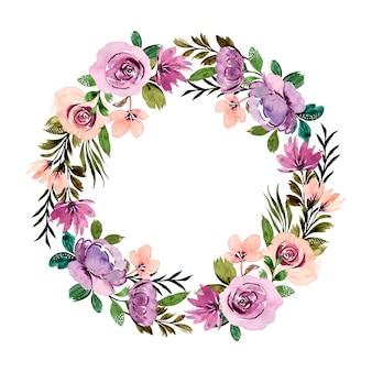 Corona di fiori viola verde con acquerello