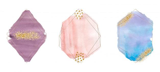 Acquerello tratto pennello viola, rosa e blu con texture glitter oro, coriandoli e cornici poligonali di linee dorate.