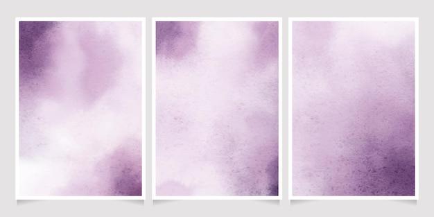 Collezione di modelli di carta di invito spruzzata di lavaggio bagnato dell'acquerello viola