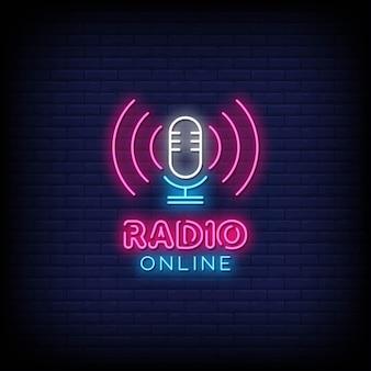 Radio online insegne al neon in stile testo vettoriale
