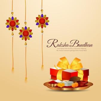 Cartolina d'auguri di celebrazione del festival indiano di raksha bandhan con doni vettoriali e rakhi di cristallo