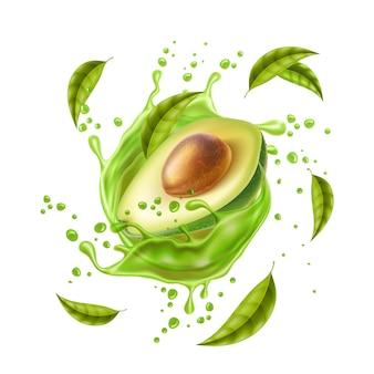 Schizzi realistici di succo di avocado avocado metà con pietra e foglie in movimento a spirale