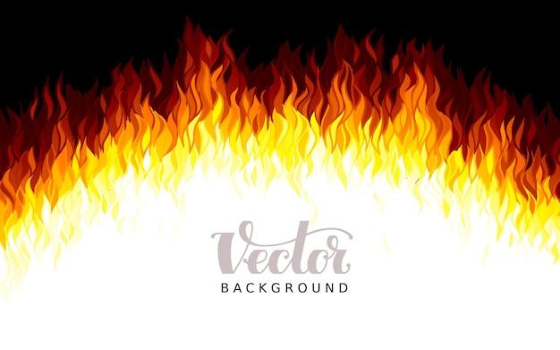 Fiamme di fuoco realistiche su sfondo nero