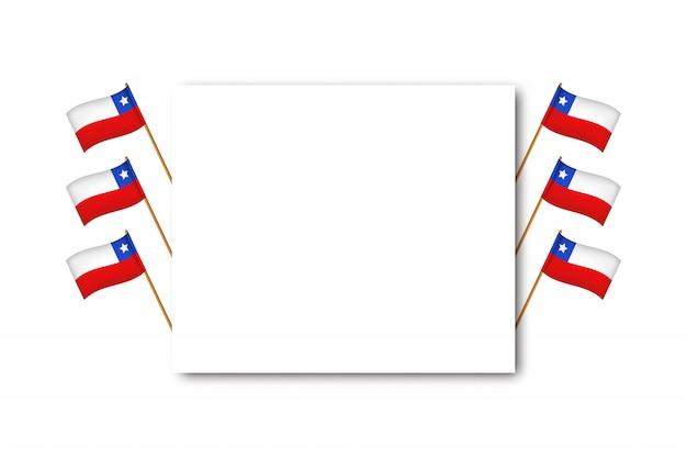 Biglietto di auguri realistico con bandiere per il giorno dell'indipendenza in cile per la decorazione e la copertura sullo sfondo bianco. concetto di felices fiestas patrias.