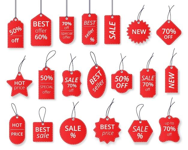 Etichette di vendita rosse realistiche, modelli di cartellini dei prezzi scontati. etichetta regalo di carta con corda, set di modelli vettoriali per etichette appese per vendite promozionali. elementi adesivi del prodotto al dettaglio con affare, prezzo caldo
