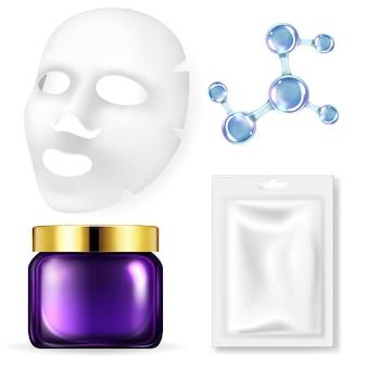 Set realistico di cosmetici per il viso isolato su bianco
