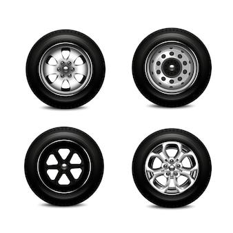 Set realistico con quattro ruote per auto diverse isolate