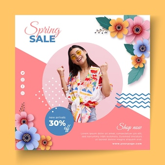 Modello di volantino quadrato vendita primavera realistico
