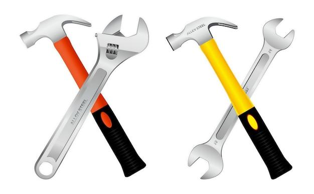 Realistiche pinze isolate con martello per chiodi in acciaio con manici in gomma
