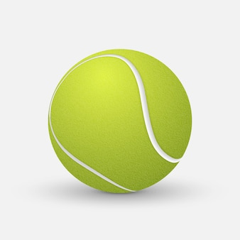 Pallina da tennis realistica isolata su fondo bianco.