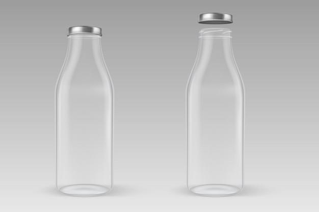 Bottiglia per il latte di vetro vuota chiusa trasparente realistica con il primo piano dorato del coperchio isolato