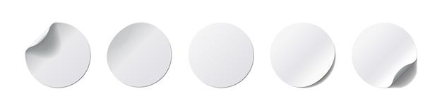 Set di adesivi realistick. etichetta rotonda con angolo curvo e ombra su sfondo bianco. illustrazione. collezione