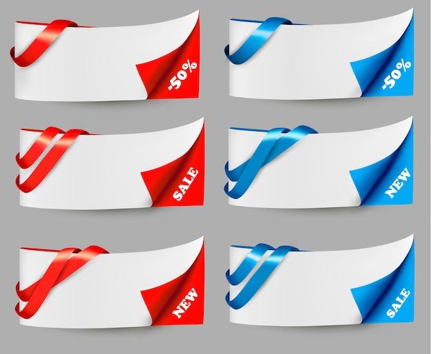 Banner di vendita rosso e blu con nastri