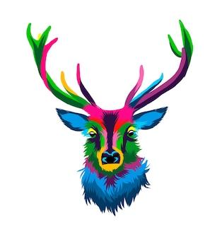 Ritratto di testa di cervo rosso da vernici multicolori spruzzata di disegno colorato ad acquerello realistico