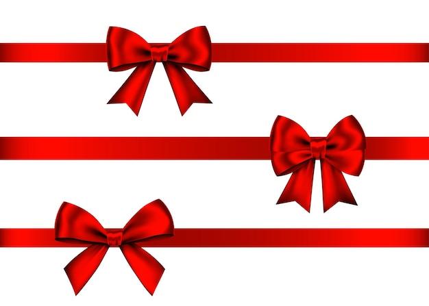 Set di fiocchi regalo rosso isolato su priorità bassa bianca. natale, capodanno, decorazione di compleanno. elemento di arredo realistico di vettore per banner, biglietto di auguri, poster.