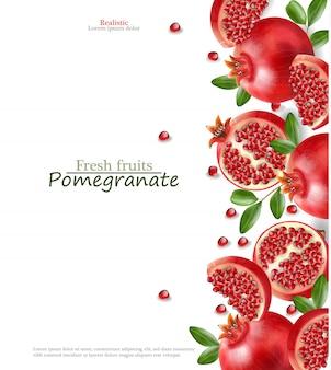 Melograno rosso realistico, frutta fresca isolata, fondo bianco