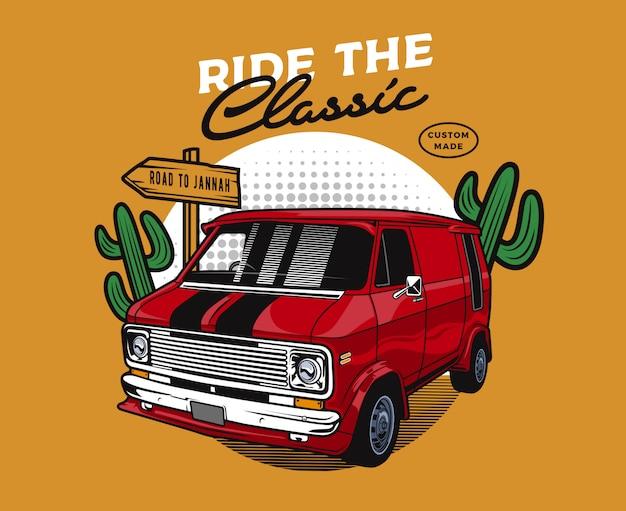 Automobile del furgone rosso nel deserto