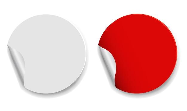 Etichette rosse e bianche