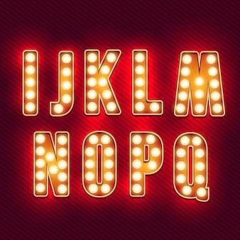Alfabeto retrò. lettere d'epoca realistiche. lampadine al neon lettere retrò rosso. set di vecchie lettere d'epoca. si illuminano al buio.