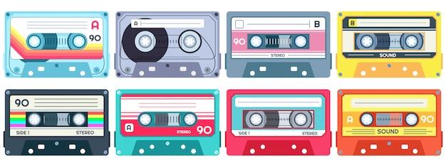 Cassetta musicale retrò. nastro stereo per dj, cassette vintage e set di cassette audio