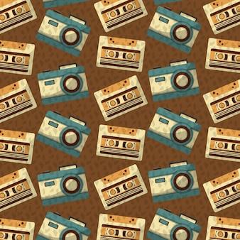 Retro vintage music cassette e sfondo della fotocamera