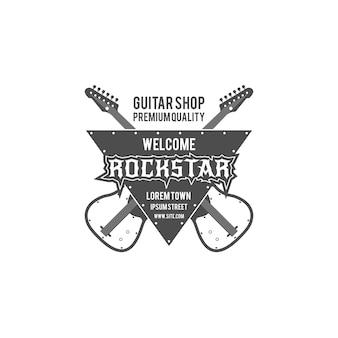 Etichetta di vettore del negozio di chitarra rock star, distintivo, logo emblema con strumento musicale. stock illustrazione vettoriale isolato su sfondo bianco.