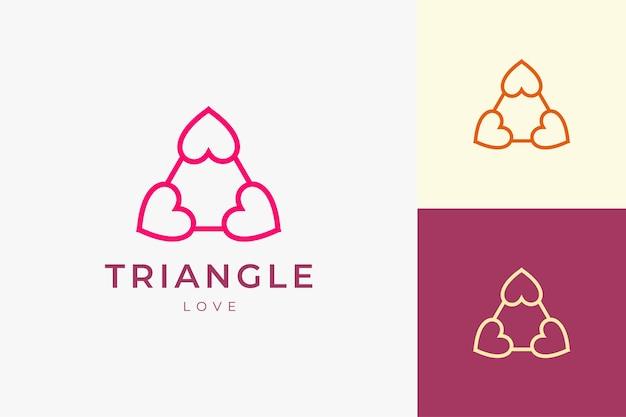 Romanticismo sul modello di logo di relazione con forma d'amore a triangolo pulita e semplice