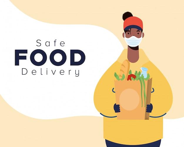 Lavoratrice afro sicura consegna cibo con borsa spesa